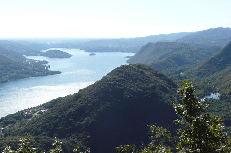 Veduta sul lago d'Orta - dalla zona del Belvedere