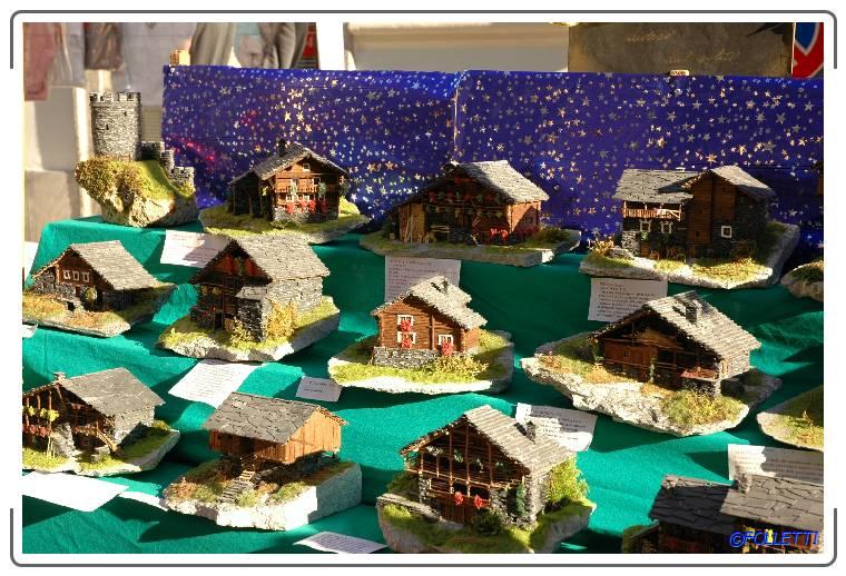 """AroNatale"". The town on the lake becomes a crib!"
