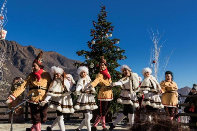 La Grotta Di Babbo Natale.Ornavasso Il Parco E La Grotta Di Babbo Natale Distrettolaghi It