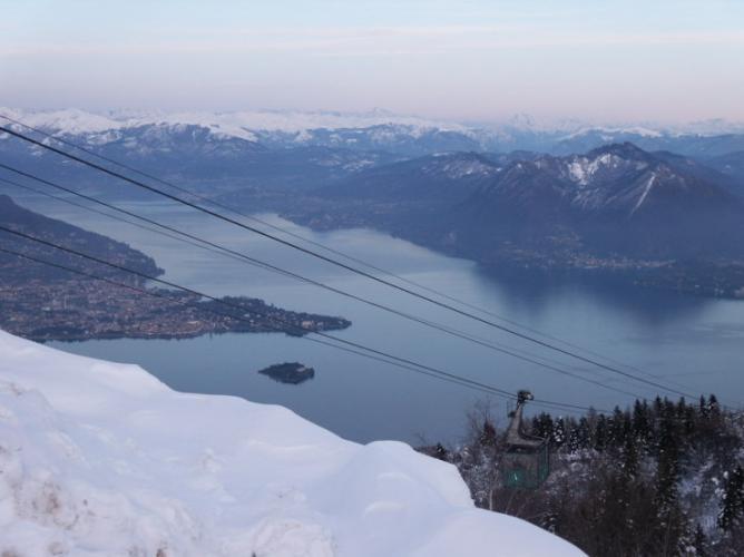 Lago Maggiore in inverno