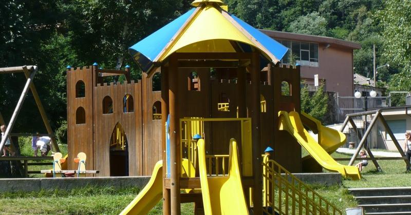 Per i più piccoli dopo le attività è disponibile uno splendido parco giochi