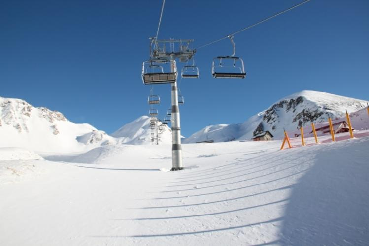 From Ciamporino to Sella with the 4-seat chairlift