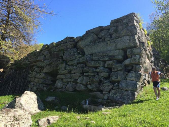 """muro """"del diavolo"""" ad Arvenolo_C.Besana"""