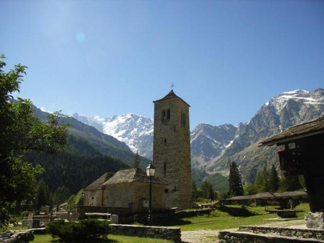 Chiesa vecchia di Macugnaga_R.Boschi