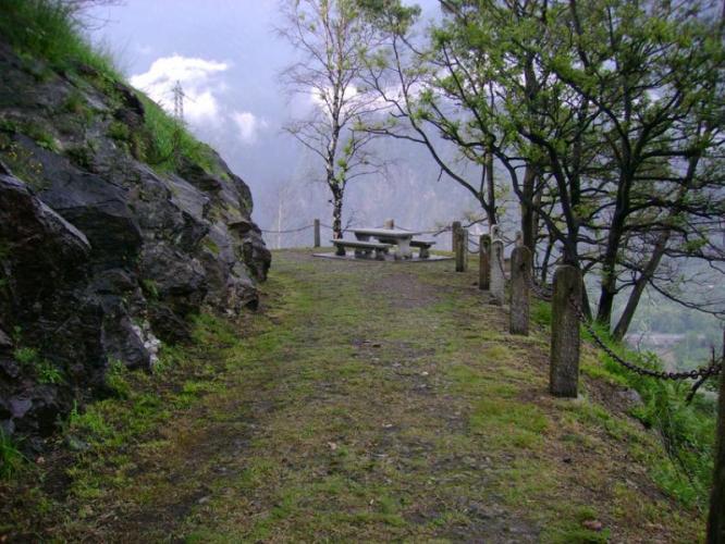 Strada militare per il Forte di Bara_A.Pirocchi