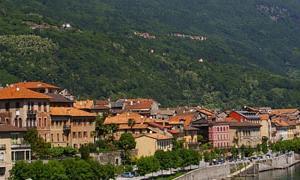 Borgo di Cannobio e in alto Sant'Agata_M.Branca